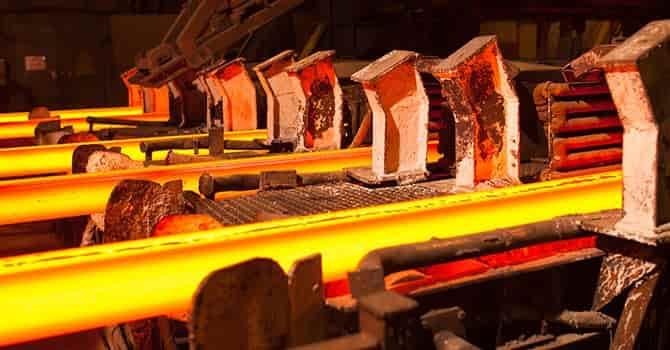 steel - Wydobywanie surowców coraz droższe.